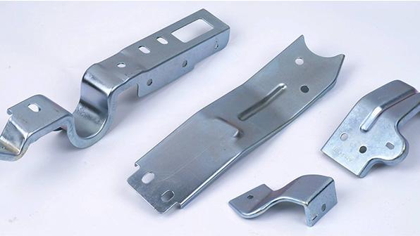五金冲压件加工是对弯曲件的要求